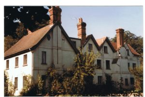 This picture of Fleet Farmhouse was taken in 1985. The building was demolished in 1987.